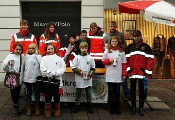Gruppenbild unserer Plätzchenverkäufer. Foto: JRK-Paderborn